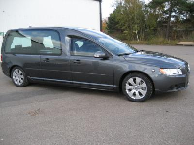 "Volvo V70 Hearse with holder for car flagpole ""Exclusive"""